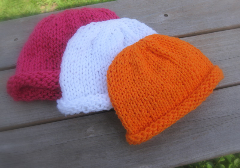 57de72b89af Simple Seamless Baby Hats